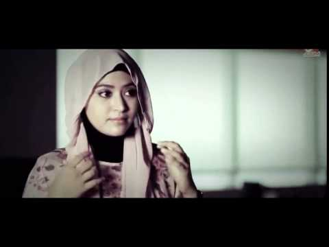 Cara Memakai Jilbab Pashmina Ke Pesta Wisuda Simple ...