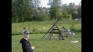 Trebuchet 70m Range With 2kg Stone