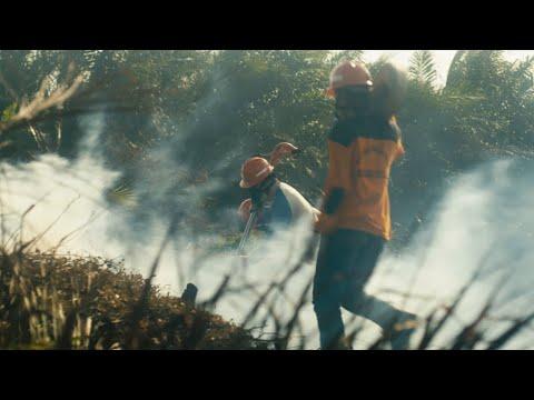 Parate brandweerlieden voorkomen bosbranden.