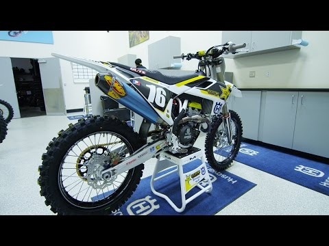 Zach Osborne's Factory Rockstar Racing Husqvarna FC250 - Motocross Action Magazine