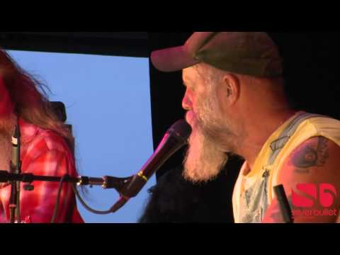 Sea Sick Steve - Diddley Bo (Live)