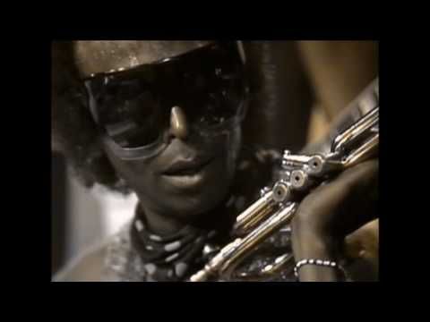 Miles Davis- July 1, 1975  Avery Fisher Hall, New York City