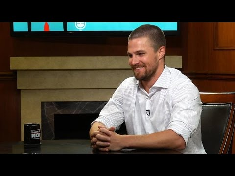 "How Stephen Amell feels about Drake calling himself the ""6 God"" 
