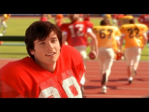 Clark Kent Joins the Football Team -- (Smallville - S1; E3)