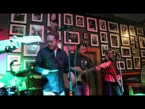 The Rizzla Band - Can't Let You Go & Far Far Away - Petrelli Saloon, Oulu