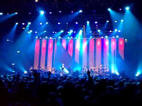 dorde-balasevic-d-mol-live-arenazagreb-zagreb-18-12-2010-bojan-parabucki