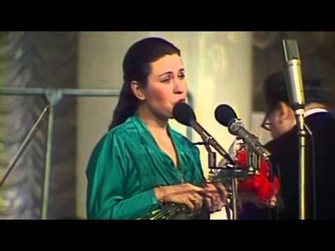 Толкунова Валентина «Стою на полустаночке» - текст и слова