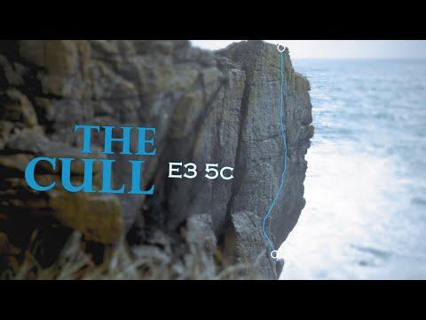 Sea Cliff Climbing in Cornwall - The Cull E3 5c