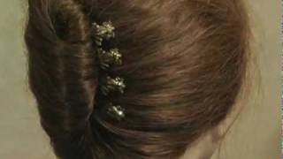 How to use bobbie pins to make a cute celebrity hairstyles.