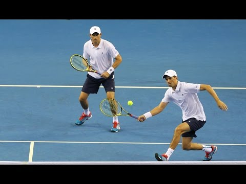Shot of the Year: 2015 Davis Cup doubles