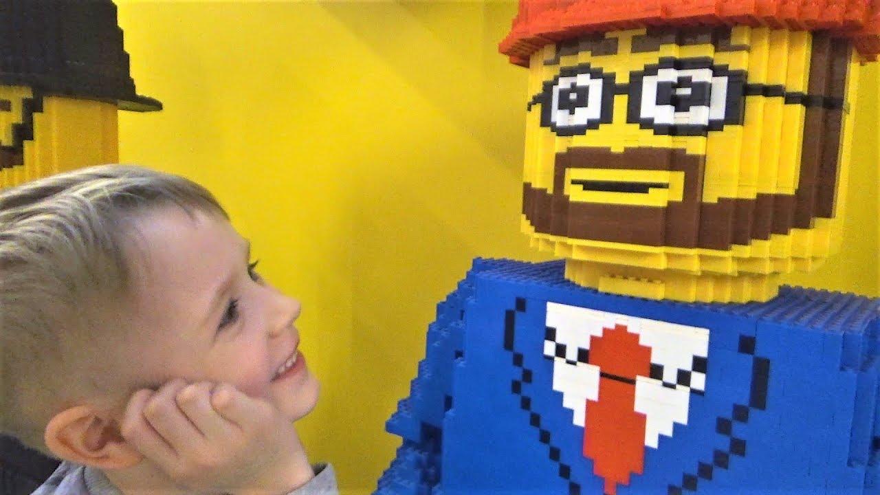 Мир Лего - Видео про конструктор лего для детей - Много игрушек Лего