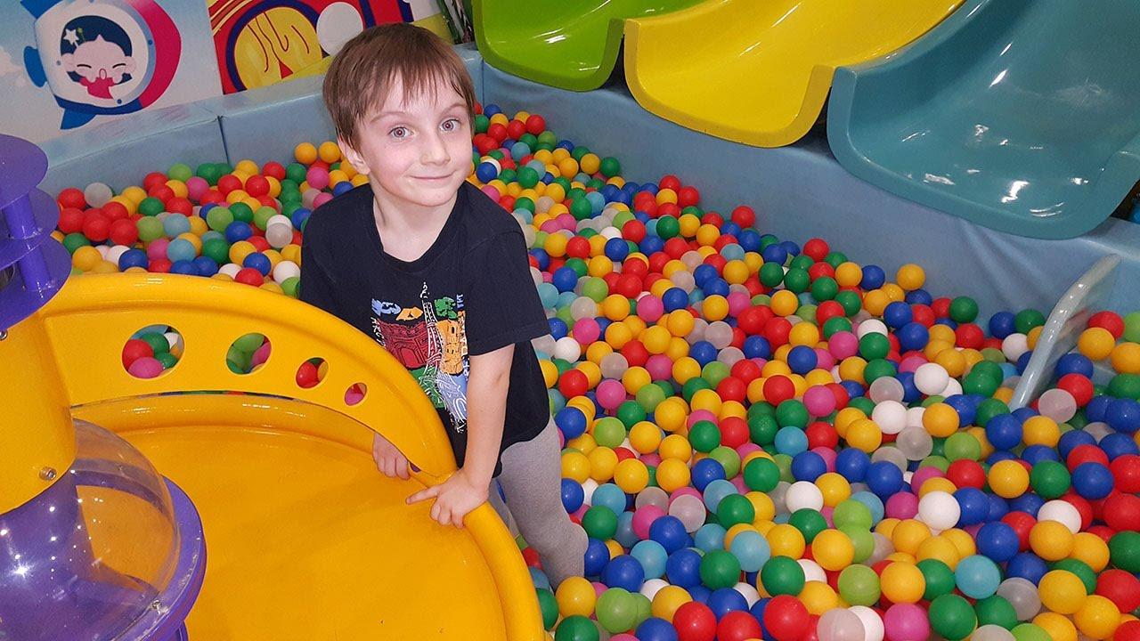 Сухой бассейн с шариками для детей Рулетка игрушки Боб Строитель .