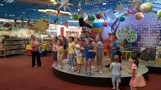 Танець маленьких каченят у виконанні діток