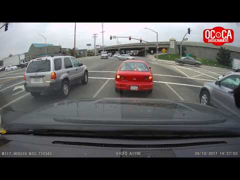 Impatient Driver Runs RED Light - OC, California