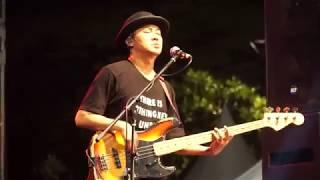Aksi Panggung GIGI - My Facebook-Andai-Kepastian Yang Kutunggu (Live Taman Mini 25 November 2017)