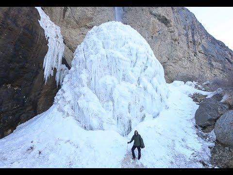 آبشار یخ زده سنگان از عجایب تهران بزرگ! Tehran frozen waterfall