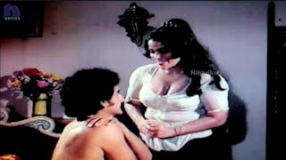 Repeat youtube video Champion Telugu Movie Scenes - Suman , Rekha Romantic Scene