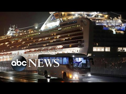 Passengers disembark from cruise ship as Japan announces 2 new deaths l ABC News