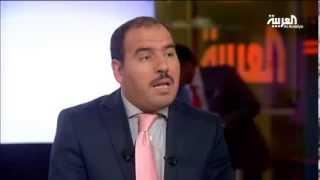 مدافع عن منقبات فرنسا يترشح لرئاسة الجزائر