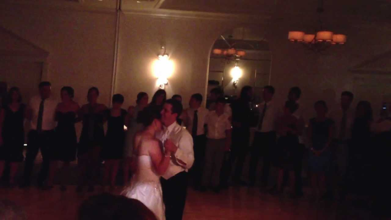 Bride Groom Dance To Slow Country Song At Indianapolis Wedding