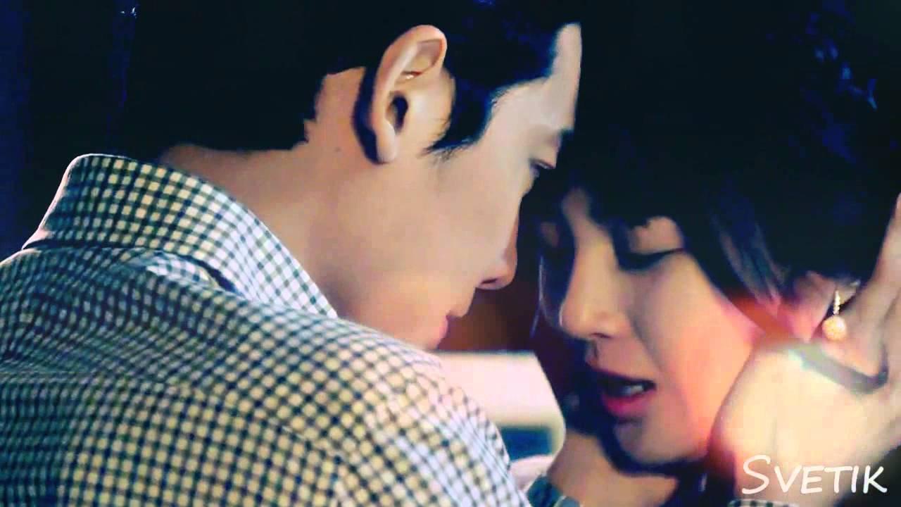 Download Shi Hyun & Soo Min - The world is like a mirror