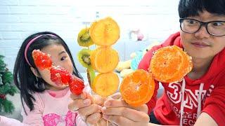 تحدي يوم كامل أكل الحلوى!! Mukbang Boram Tanghulu Strawberry
