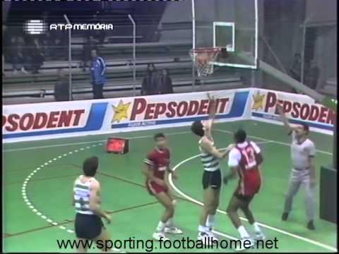 Basquetebol :: Sporting - 97 x Ginásio Figueirense - 73 de 1988/1989 Taça de Portugal