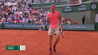German tennis star Alexander Zverev's hilarious exchange with Yorkshire journalist | ITV News