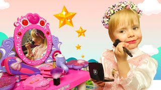 Varvara Pretend Play Dress Up and Make Up Toys