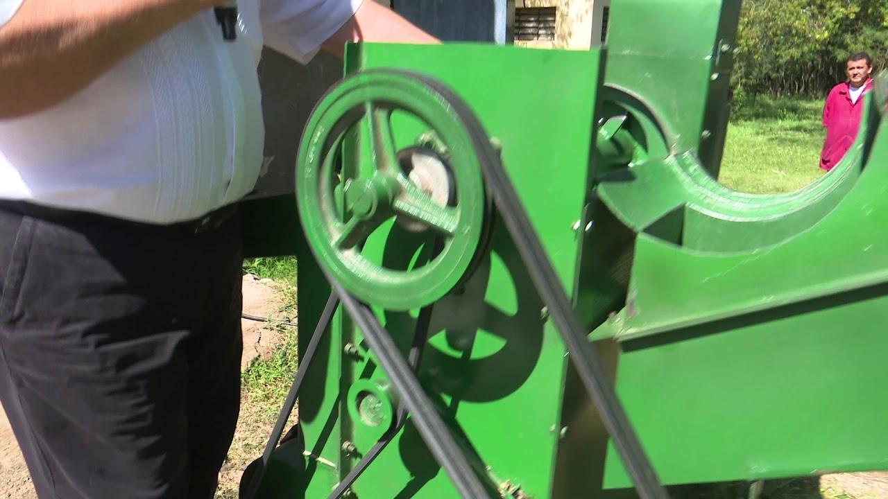 Desgranadora de maíz para el pequeño productor - YouTube