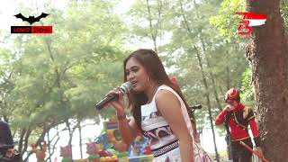 Gerimis Melanda Hati _ Pipit Adelia _ New Kendedes Live Pemalang