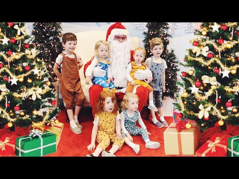 Getting a Santa Photo with Six Kids!