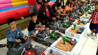 Download Video Chio  belajar main truck pengeruk pasir di CFD #1 MP3 3GP MP4