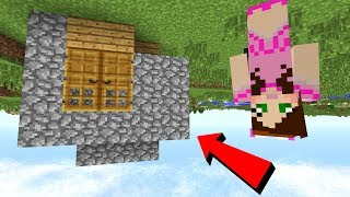 Minecraft: UPSIDE DOWN HOUSE CHALLENGE! - Upside Down Modded Survival [1]