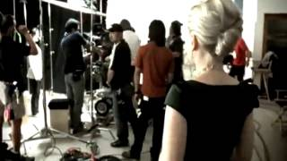 Scarlett Johansson - Falling Down [M/V]