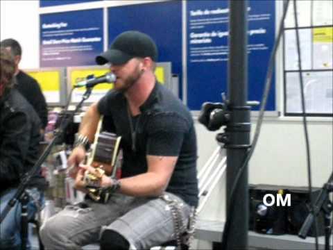 Brantley Gilbert LIVE Dirt Road Anthem (EXTENDED)
