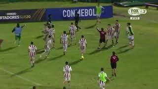 Pelea entre Independiente del valle ECUADOR VS River plate URUGUAY