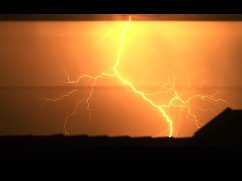 """Yanni - """"Rainmaker"""""""