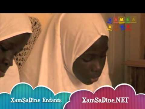 Une jeune fille recite sourat Ad Dhuha - xamsadine.net