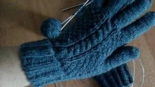 Как я вяжу перчатки. Палец индийским клином. Вязание для начинающих. Перчатки спицами. Обзор.