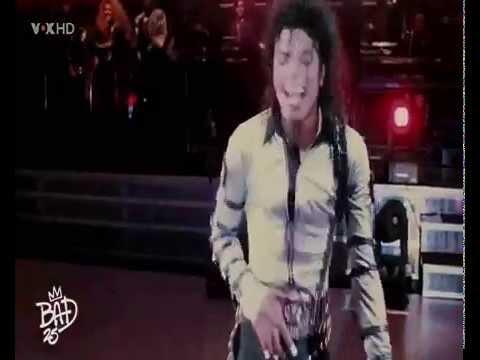 Michael Jackson canta - tchakabum ´´Dança da mãozinha´´