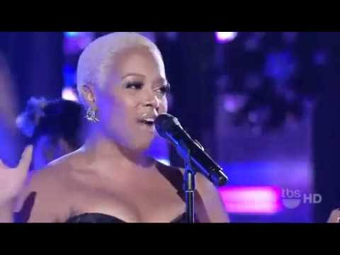 Chrisette Michele performs w/ Michael Bearden & The Ese Vatos Goodbye Game
