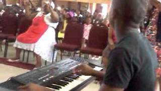 Gambar cover Shangaray Ungu Jehovah and Ingakho Ngicula