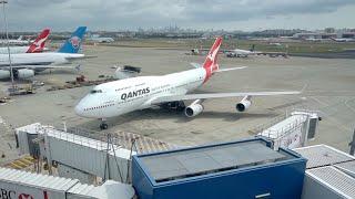 Qantas 747-400 at Sydney Airport + Inflight footage (QF127)
