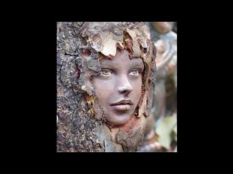 Скульптуры из дерева часть    10