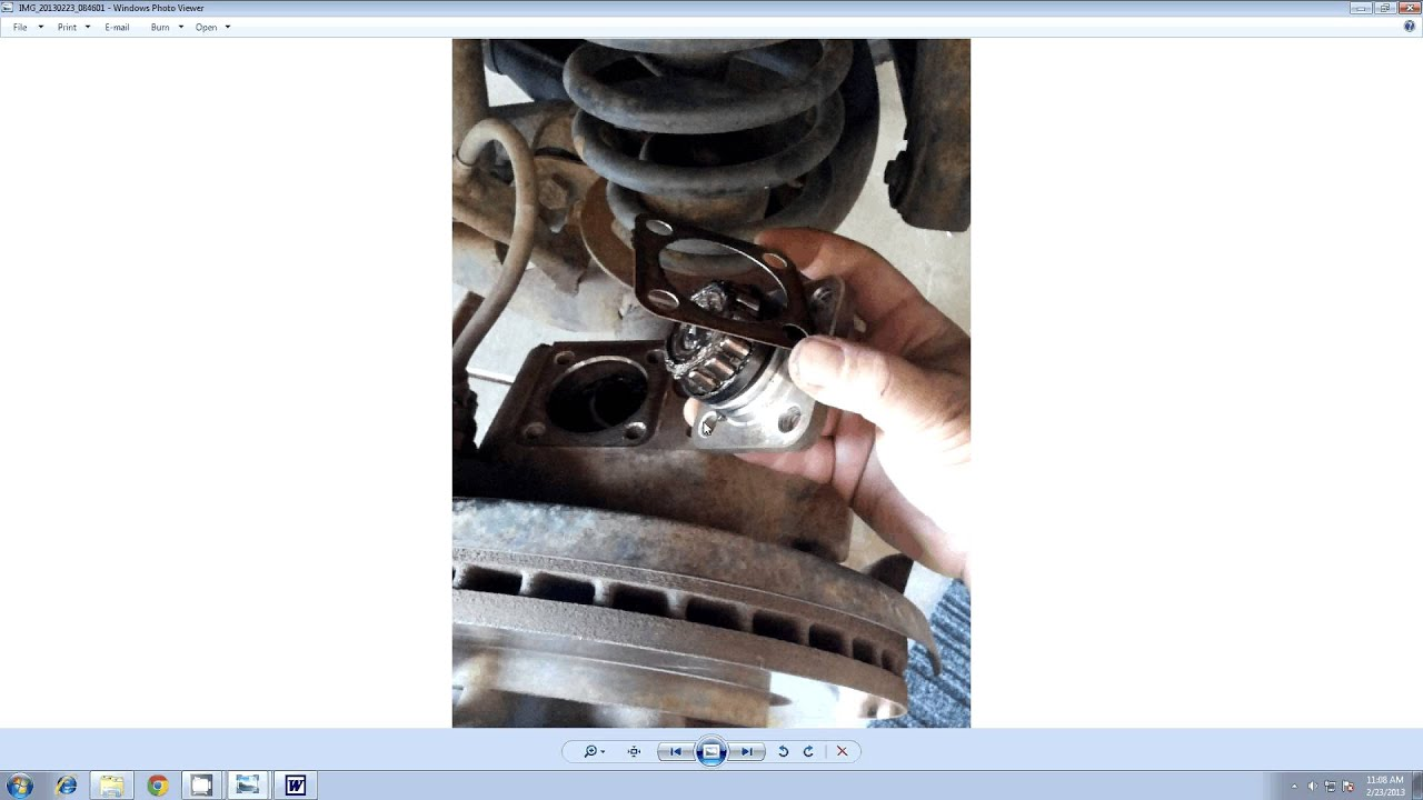 How to fix Nissan Patrol Steering Vibration and Wobbles GQ