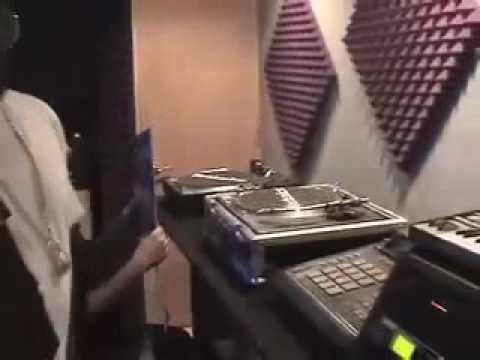 J Dilla In The Studio [R.I.P]