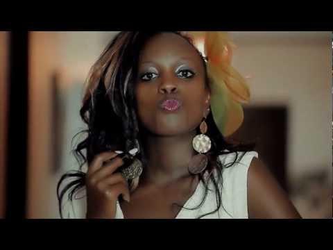 Leila Kayondo - Abeele Nze
