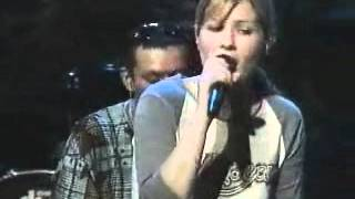 Dido - Hunter (live acoustic concert 2000) part. 6 of 6.