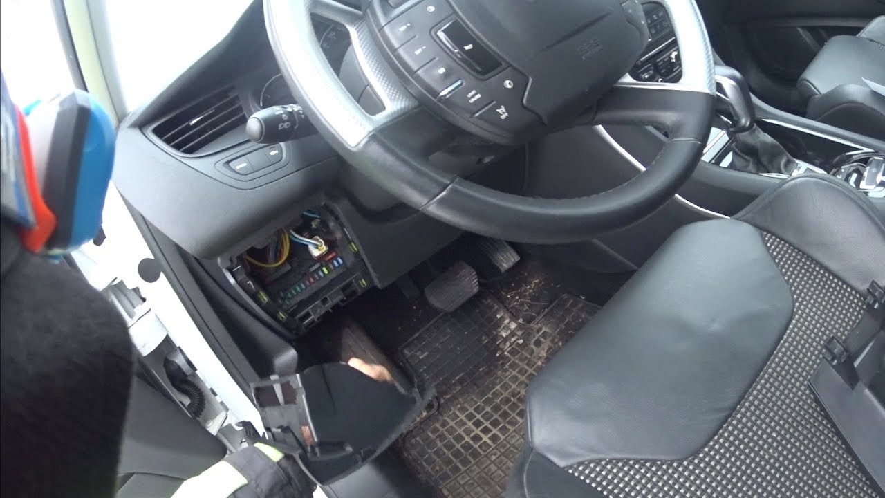 Citroen C5 Fuse Box Faults Not Lossing Wiring Diagram Problems X7 B Boite Fusibles Youtube Rh Com